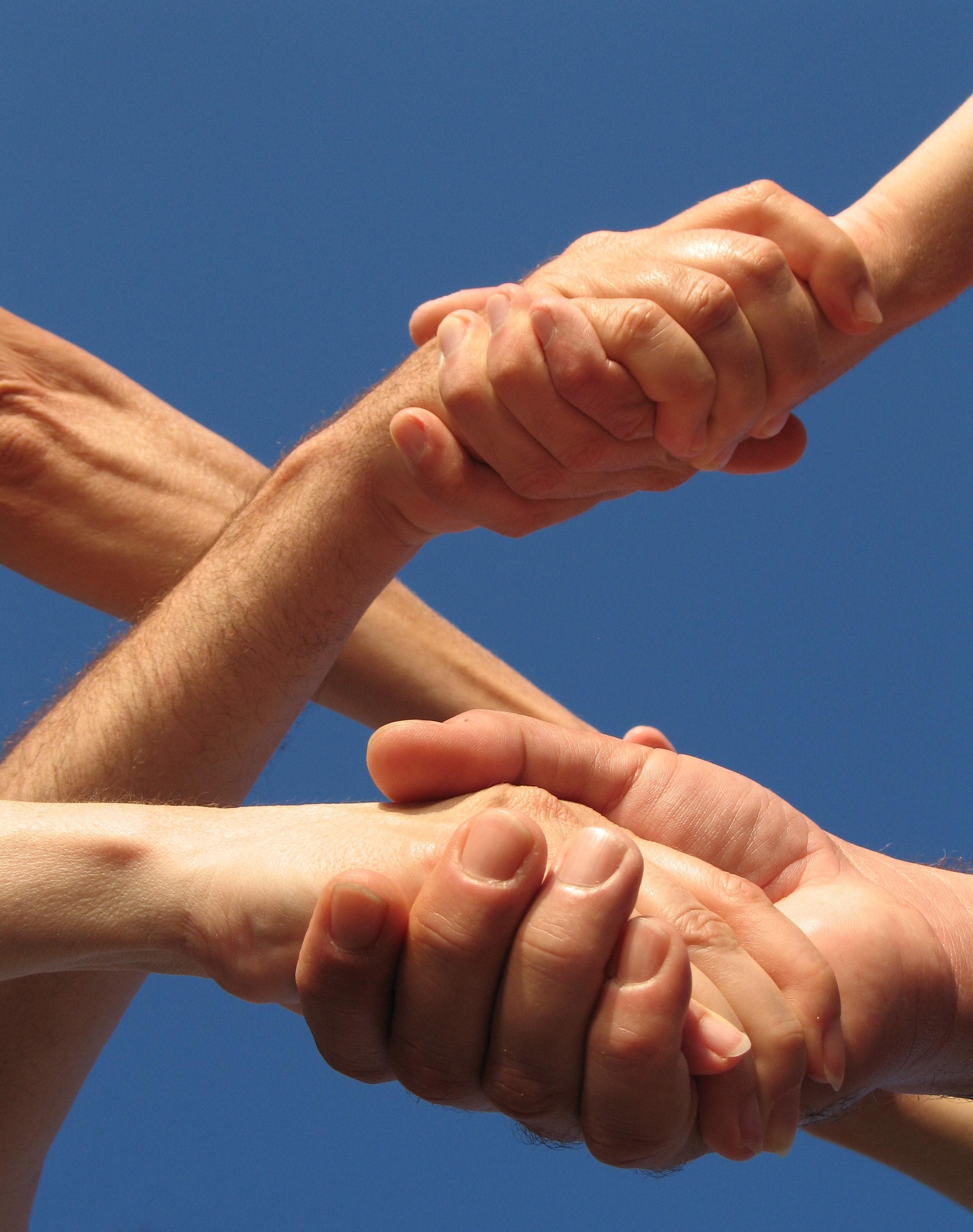 affari-contratti-stretta-mani